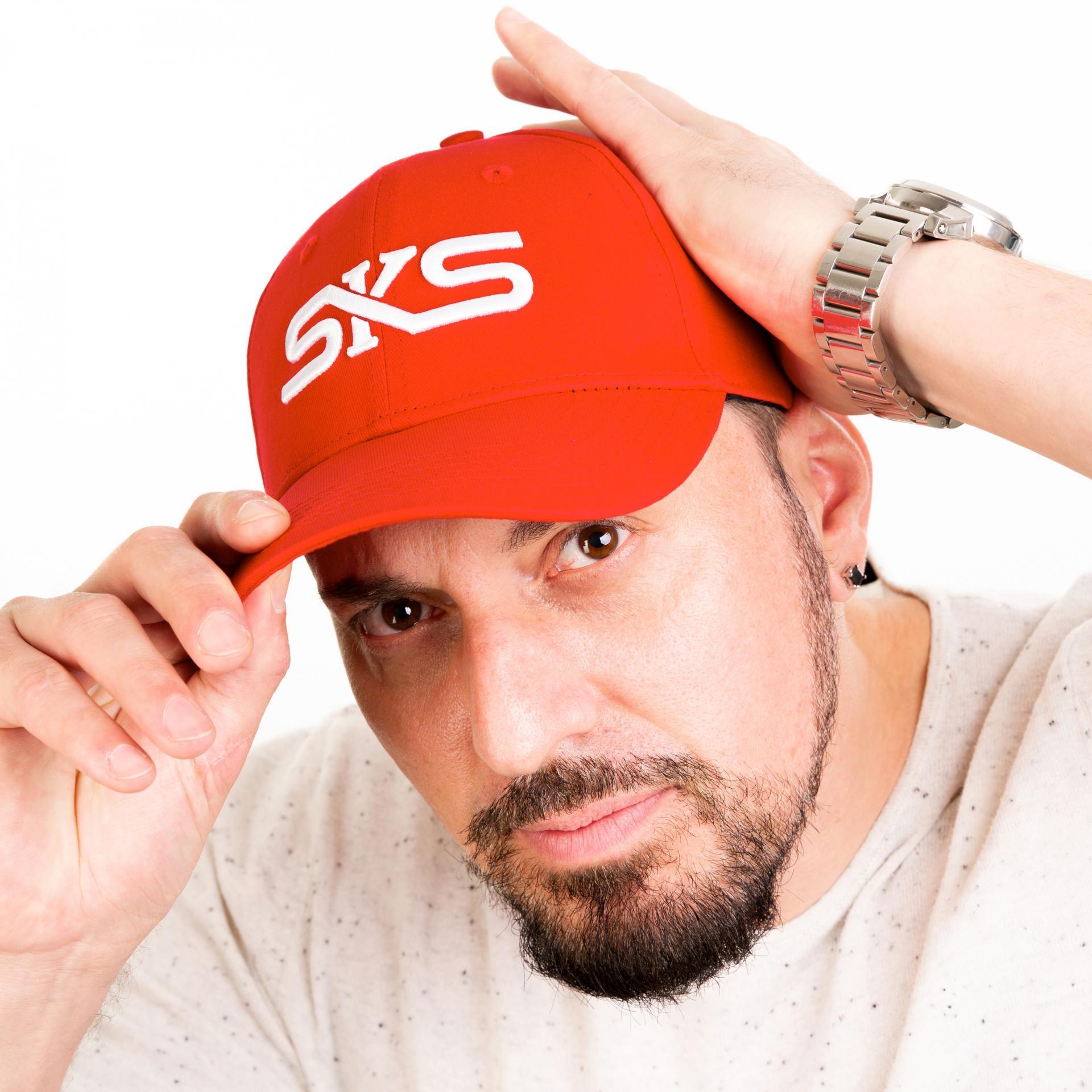 RED CAP 3
