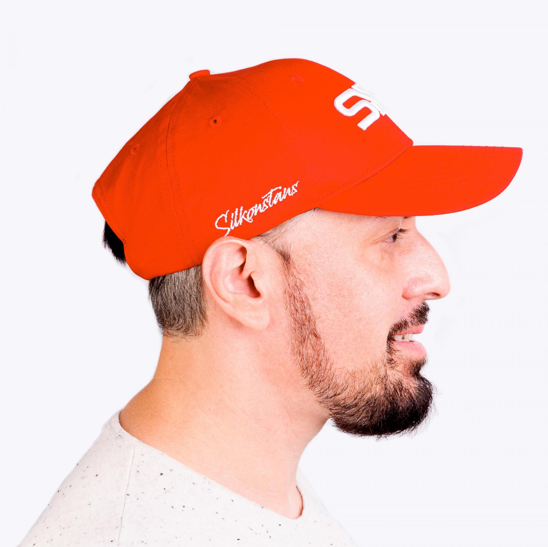 RED CAP 4